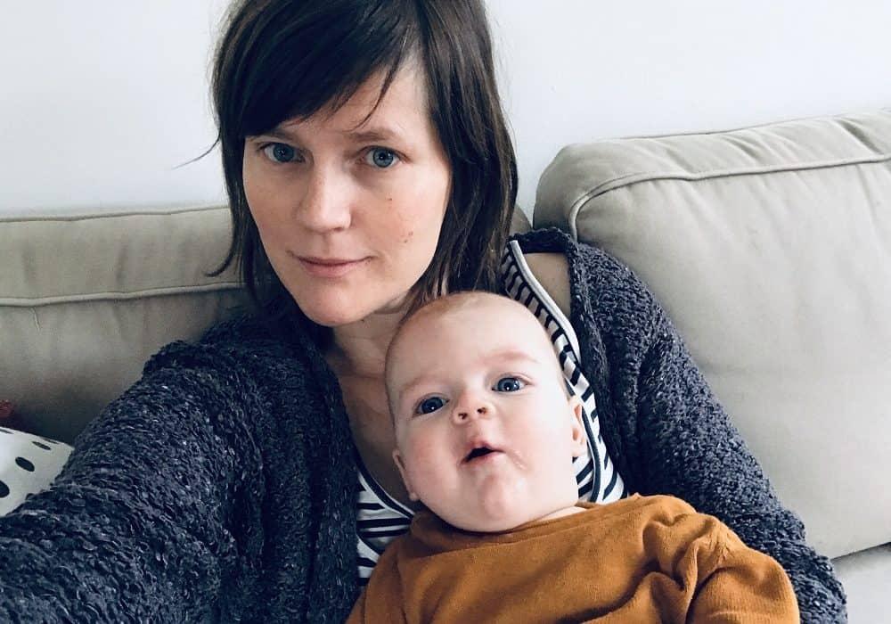 De schrijver van dit blog, Maaike Wind, met haar zoon.
