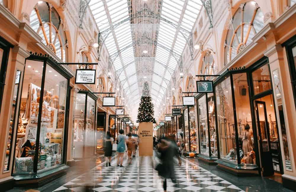 Een luxe winkelcentrum (waar je op Black Friday niet naar toe moet als je een studieschuld hebt)